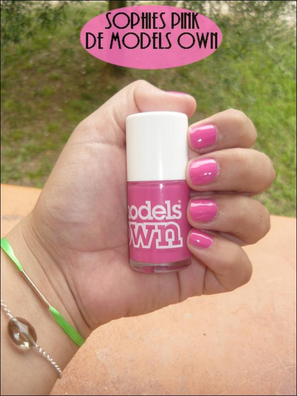 http://les-trouvailles-d-anaya.cowblog.fr/images/Anaya3/Modelsown3.jpg